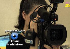 ragazza-con-videocamera